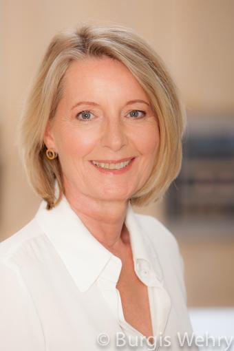 Dr. Gertrud Walgenbach